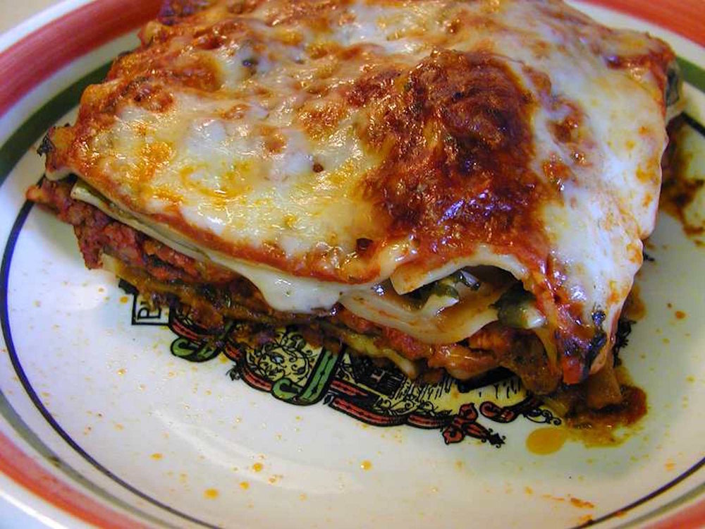 A close up photo of the layers of lasagna. According to Galvin, readers are ready to step it up this week and try a more challenging recipe for this delicious dish. (Jon Sullivan/ Wikimedia Creative Commons)