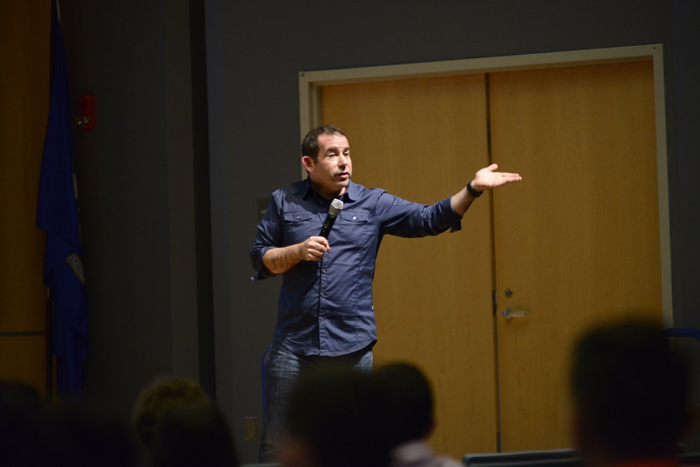 Harlan Cohen, a New York Times bestselling author gives a talk on relationship in Student Union Theater on November 29, 2016 (Jason Jiang/The Daily Campus)