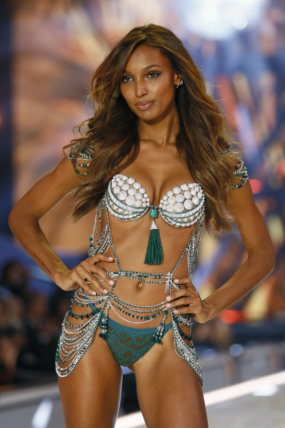 Model Jasmine Tookes displays a $3 million Fantasy Bra during Victoria's Secret Fashion Show (AP Photo)