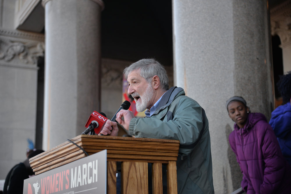"Dr. Ira Helfand addresses the crowd at the ""Women's March on Hartford, CT: In Solidarity with Washington"" at the State Capitol on Saturday, Jan. 21, 2016. Helfand urged people to keep the nuclear codes away from Trump. (Amar Batra/The Daily Campus)"