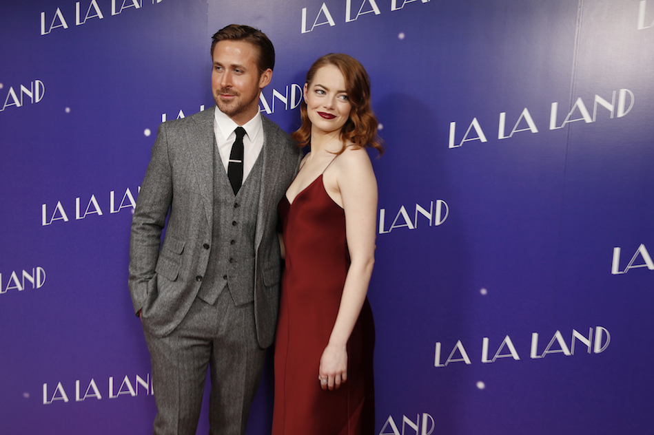 Actors Ryan Gosling and Emma Stone pose for photographers upon arrival at the screening of the film 'La La Land' in London, Thursday, Jan. 12, 2017. (Photo by Joel Ryan/Invision/AP)