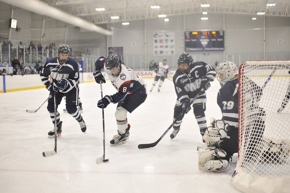 The women's hockey team falls to UNH 4-1 at the Freitas Ice Forum on Friday, Feb. 17, 2017. They lost this weekend to Northeastern in the first round of the Hockey East playoffs. (Jason Jiang/The Daily Campus)