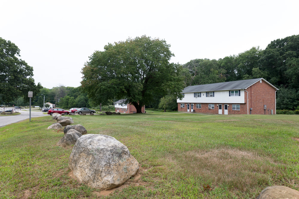 Rent College Pads compiles listings from landlords in Mansfield and other towns near UConn. The site provides information about each listing, a way to contact the landlord and other services, such as a roommate finder. (Tyler Benton/The Daily Campus)