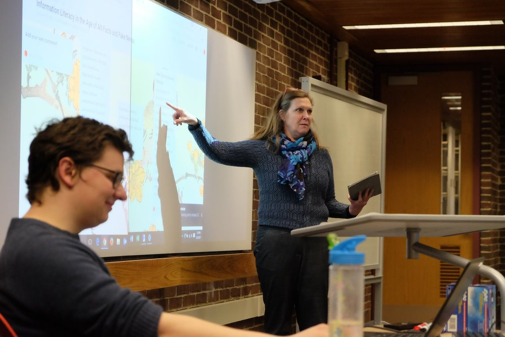 A small workshop held in the HBL Collaborative Classroom shows how easy it is to create a fabricated story and make it seem real. The workshop deciphered the recent bouts of Fake News and the credibility of today's news. (John Sammis/The Daily Campus)