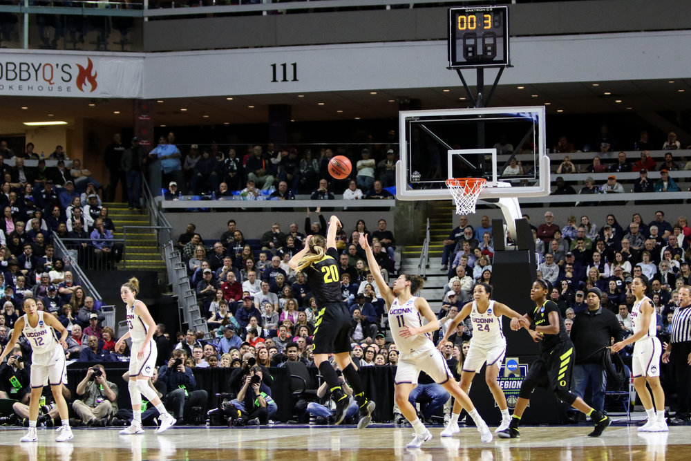Oregon's Sabrina Ionescu sinks a buzzer-beating three-pointer as time expires at the end of the third quarter. Ionescu contributed 15 points and 8 rebounds for the Ducks.