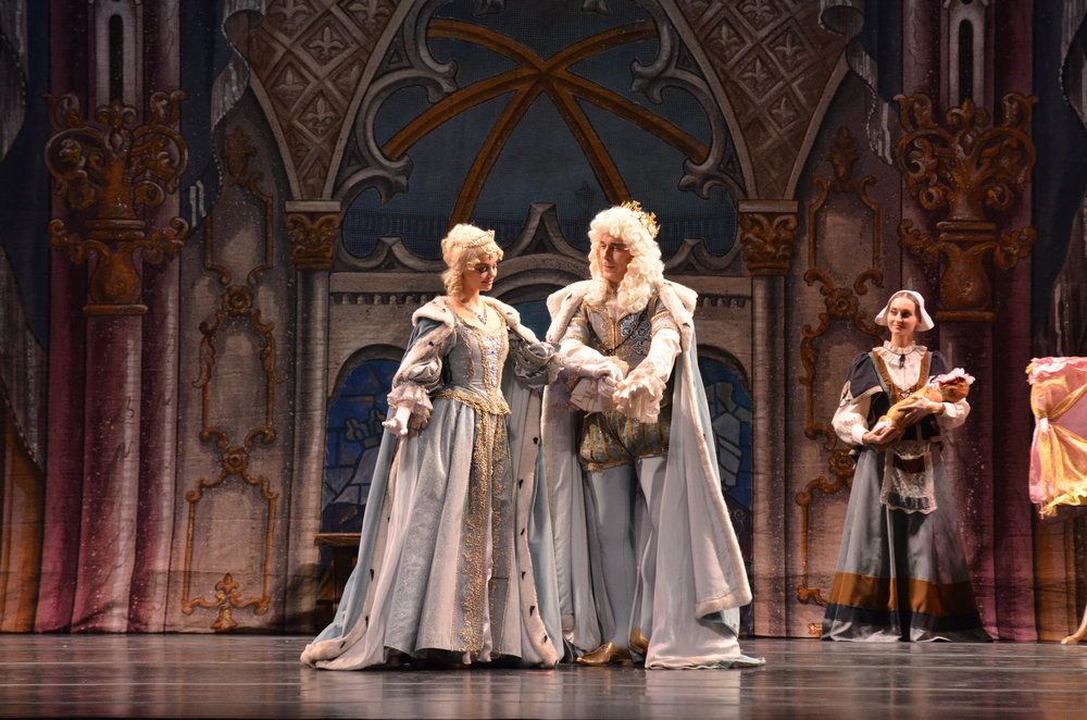 """The Russian National Ballet captivated the Jorgensen audience with a full length ballet performance of """"The Sleeping Beauty"""" set to Tchaikovsky's lush and romantic musical score. (Akshara Thejaswi/The Daily Campus)"""