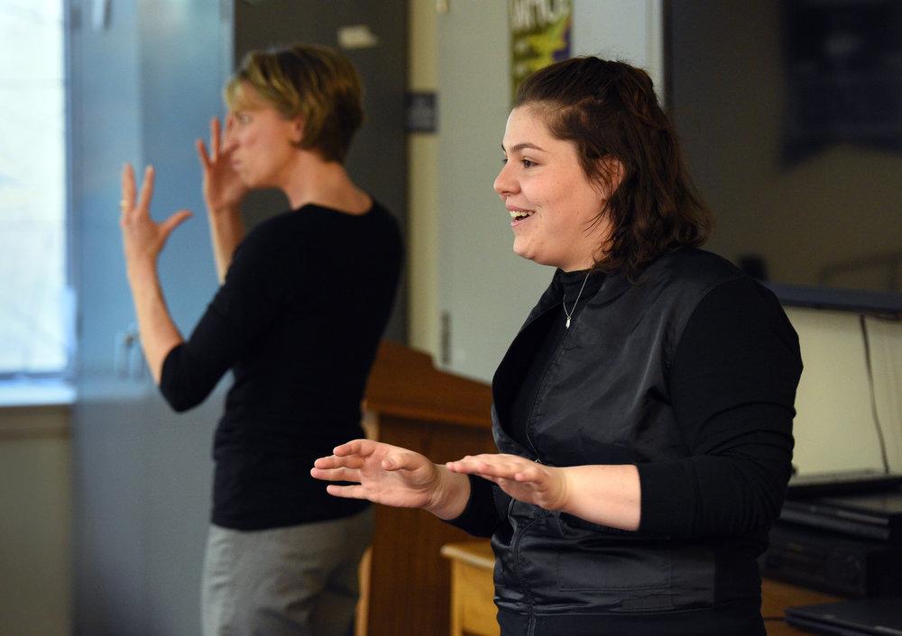 ASL at the Rainbow Center | April 5