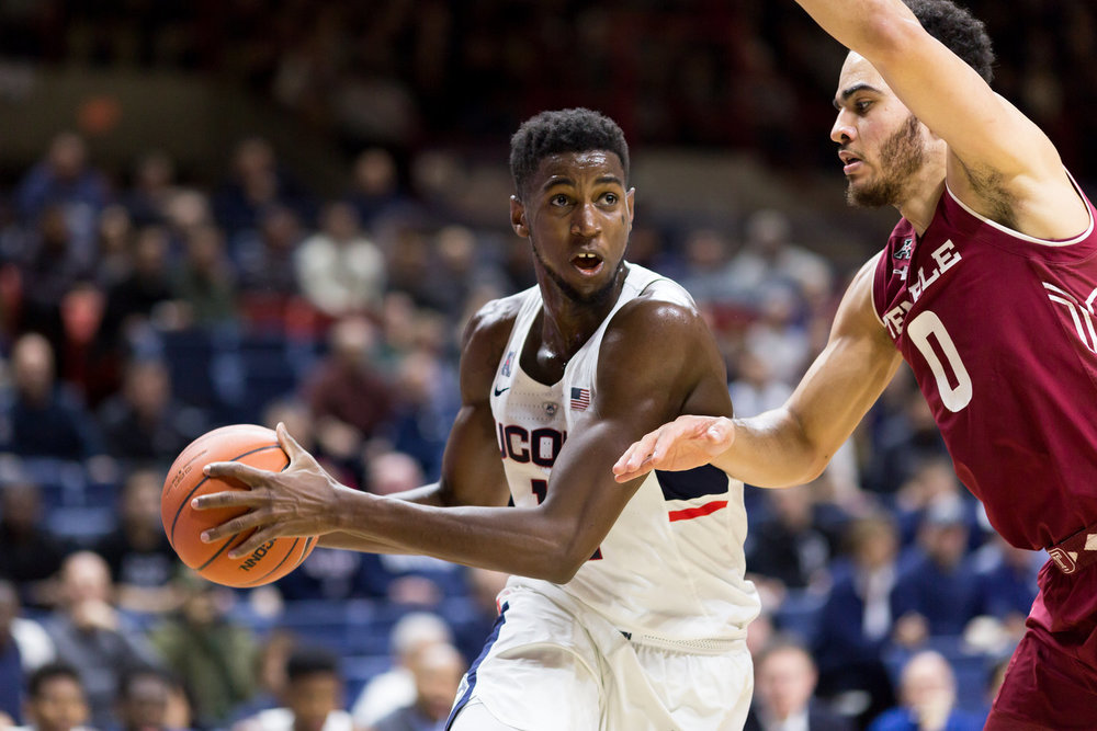 Kentan Facey charges toward the basket during UConn's 73-59 win over Temple on Wednesday, Jan. 11 at Gampel Pavilion. (Tyler Benton/The Daily Campus)