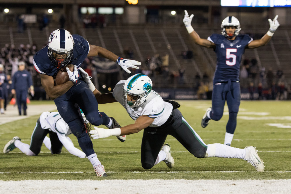 The UConn football team fell 38-13 to Tulane in their last game of the 2016 season at Rentschler Field in East Hartford, Connecticut. The Huskies finished the season with a 3-9 record. (File Photo/The Daily Campus)