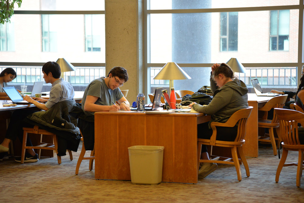 Students study in the library. Recent renovations have improved and updated the technology center on the first floor of Homer Babbidge Library. (Amar Batra/The Daily Campus)