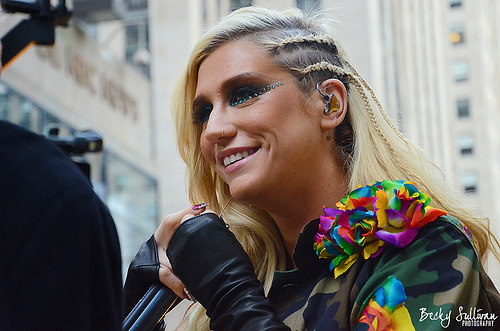 Ke$ha at the Today Show in New York, NY on November 20, 2012. (Creative Commons/Becky Sullivan)