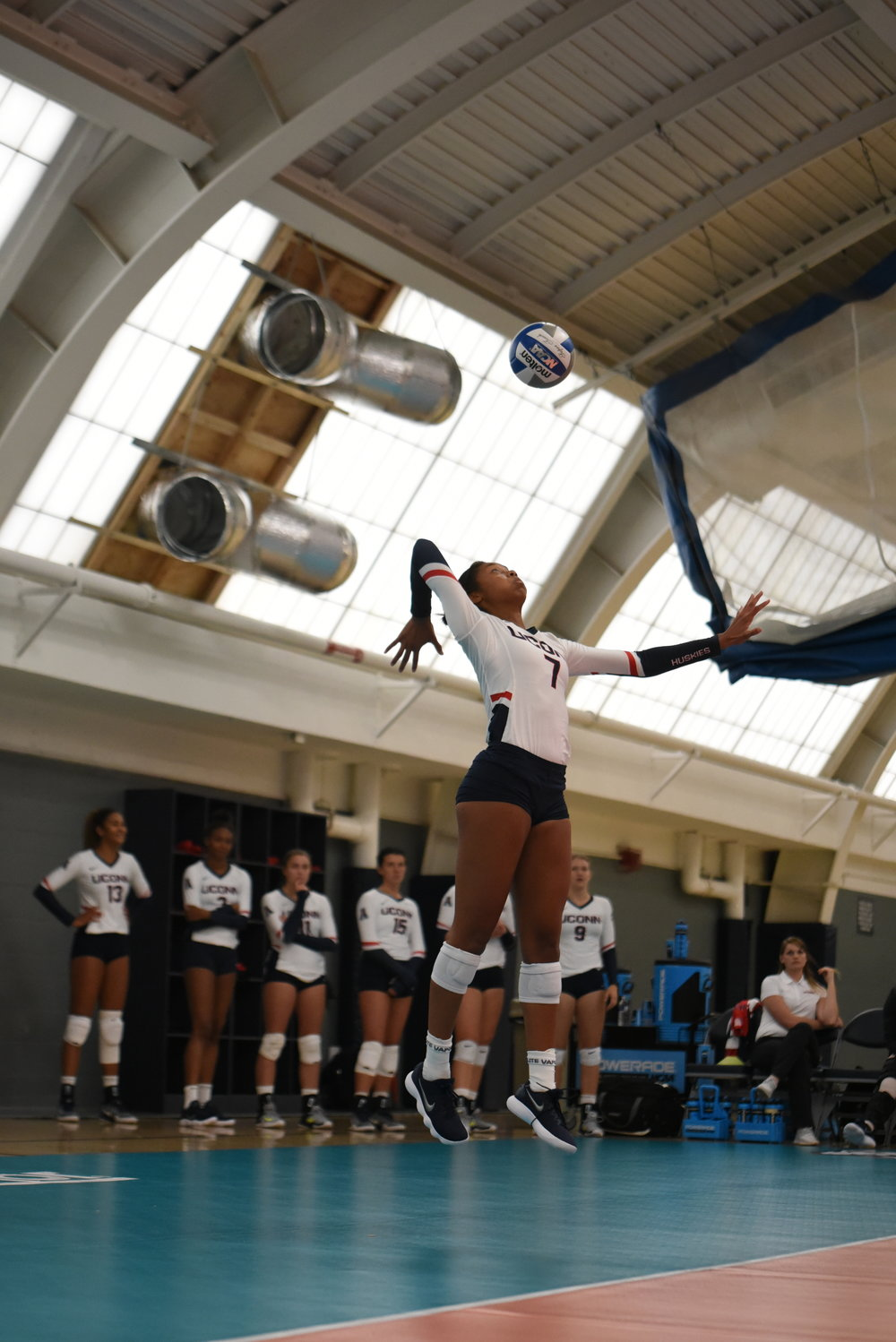 The UConn volleyball is now 9-1 and 2-2 in conference play (Charlotte Lao/The Daily Campus)