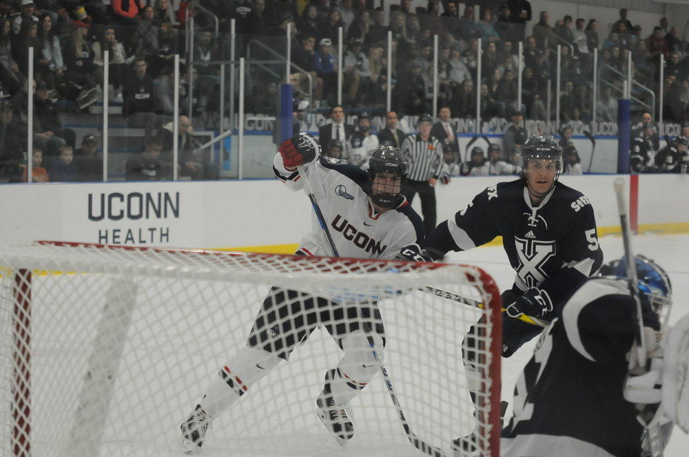 The UConn hockey team went 1-1 this weekend in Maine. (Jon Sammis/The Daily Campus)