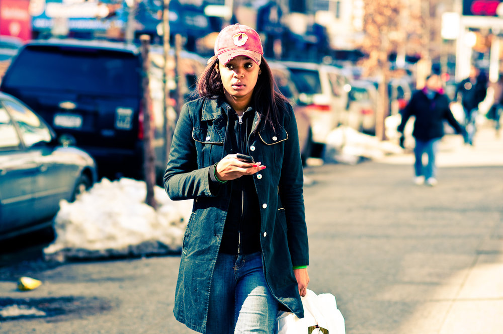 Honolulu, Hawaii has outlawed texting while walking to avoid accidents involving pedestrians in crosswalks. (Jorge Quinteros/Creative Commons)
