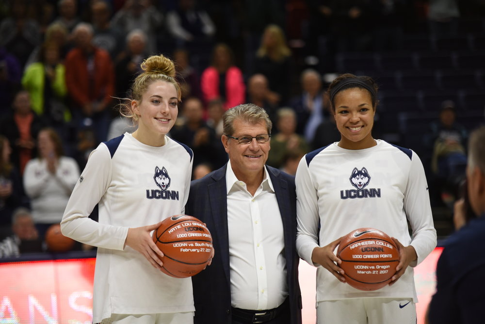 While the entire team put on a fantastic show in the last tune-up game before travelling to Stanford for a tough season-opener next Sunday, no Husky was more influential than Collier (Right) (Charlotte Lao/The Daily Campus)