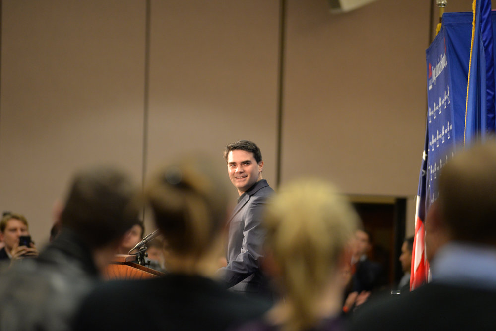 After his speech, Shapiro opened the floor to those who had questions regarding his discussion. During the Q&A, students lined up and asked about topics ranging from health care to abortion. (Amar Batra/The Daily Campus)
