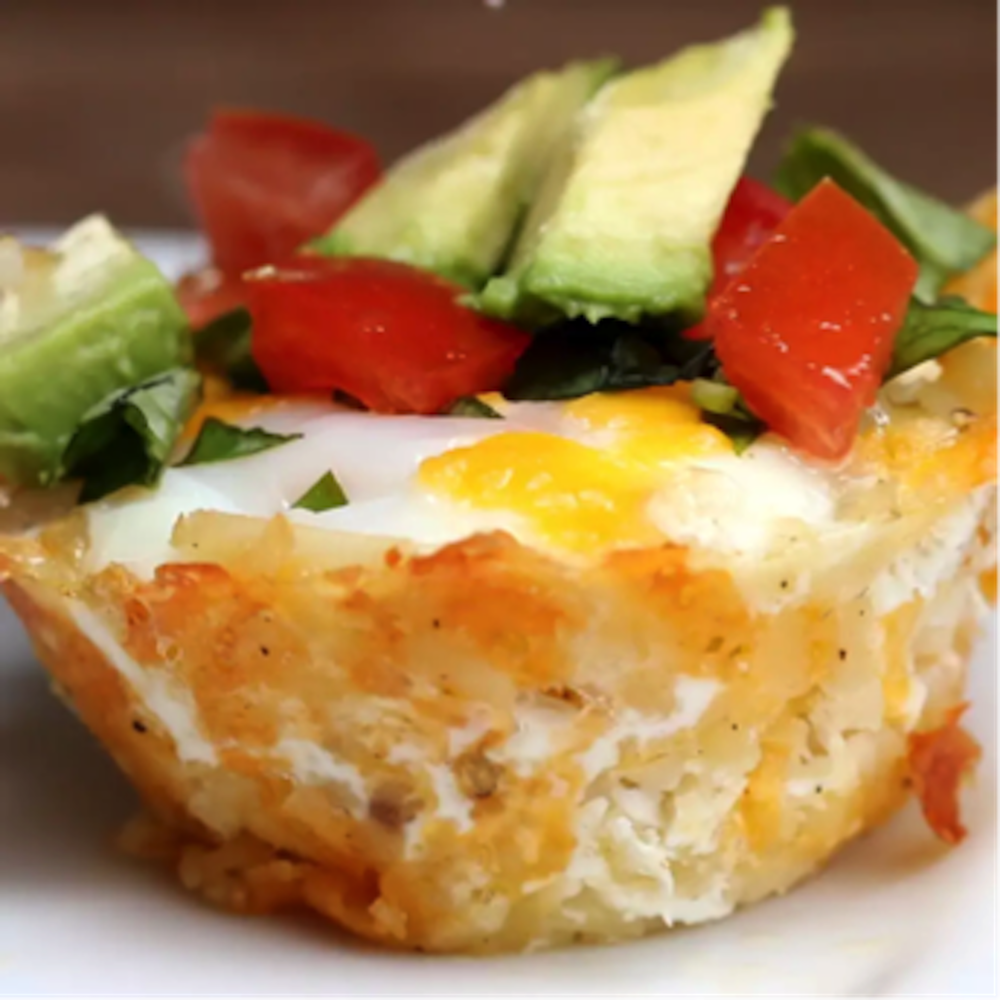This week on Melissa's Menu is a hash brown breakfast cup—the perfect solution for when you're in the mood for a fancy breakfast but don't feel like going out. (Screenshot courtesy of Tasty)