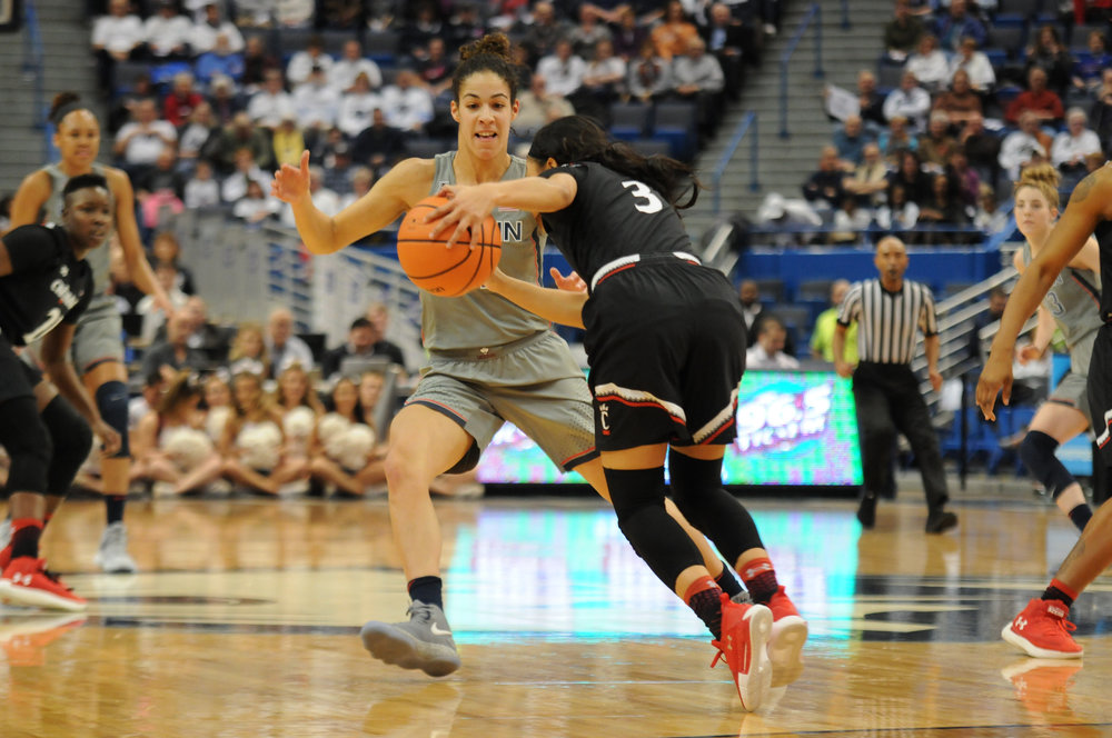 The Huskies take on Cincinnati at the XL Center on February 4. With a particularly impressive third quarter, UConn won with a final score of 106 to 65. (Olivia Stenger/The Daily Campus)