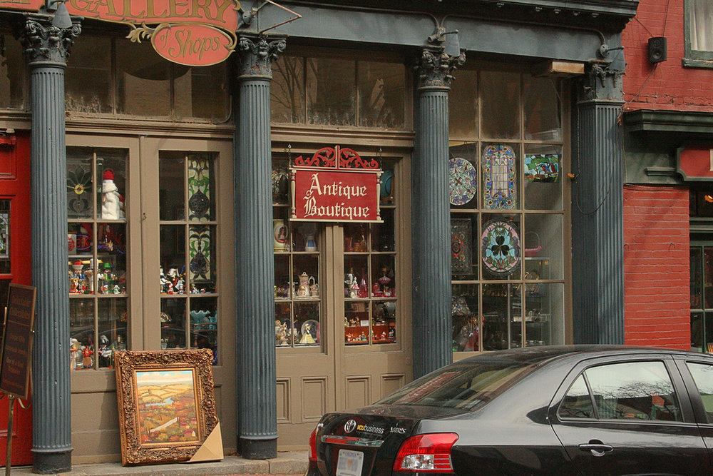 Putnum, CT is known for their antiques shops. (Cayce/Flickr Creative Commons)