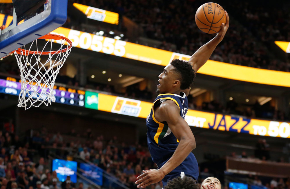 Utah Jazz guard DonovanMitchell will compete in the Slam Dunk contest during NBA All-Star weekend in Los Angeles after Orlando Magic forward Aaron Gordon left because of a hip injury. (AP Photo/Rick Bowmer, File)