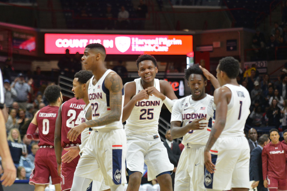The UConn Huskies close off the last home game at Gampel after taking down the Temple Owls 72-66 in a tough back-and-forth game on Feb. 28. Their final game will be played against the Houston Cougars on March 4. (Eric Wang/The Daily Campus)
