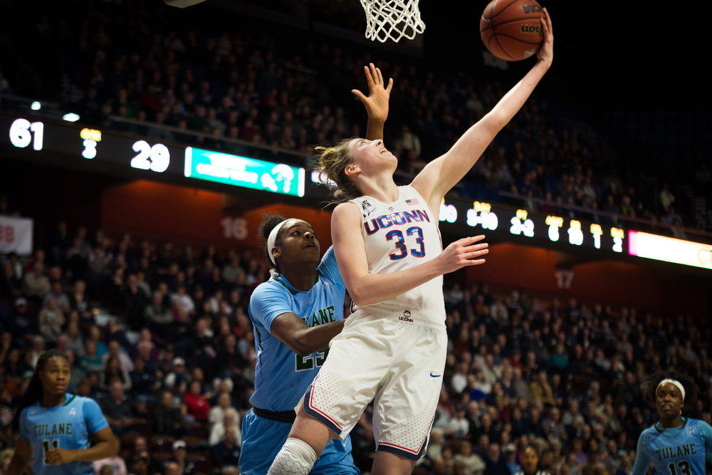 Katie Lou Samuelson puts up a reverse layup in the Huskies win against Tulane (Amar Batra/The Daily Campus)