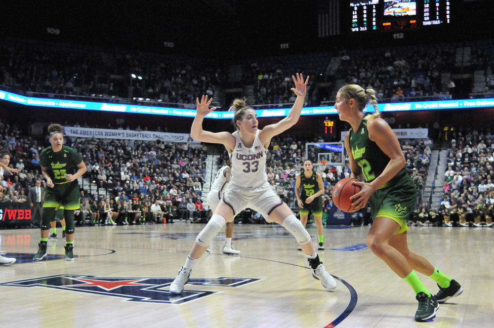 The UConn Women's basketball team defeats the USF Bulls 70-54 in the championship game of the American Athletic Conference Championship at Mohegan Sun Arena on Tuesday, March 6, 2018. (Amar Batra/The Daily Campus)