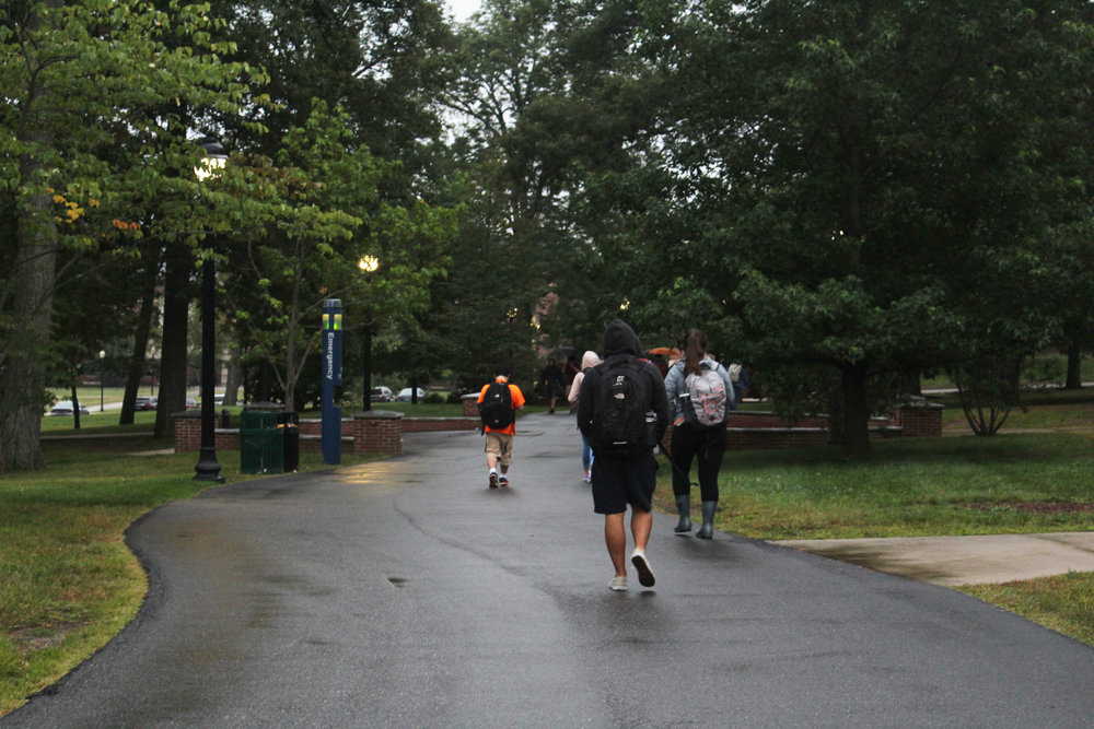 Is it already time for cool weather apparel at UConn? (Kim Nguyen/The Daily Campus)
