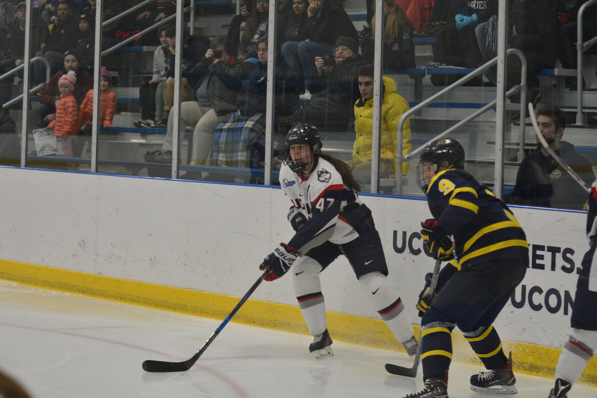 Women S Hockey Uconn Heads Into Big Weekend With Two Conference