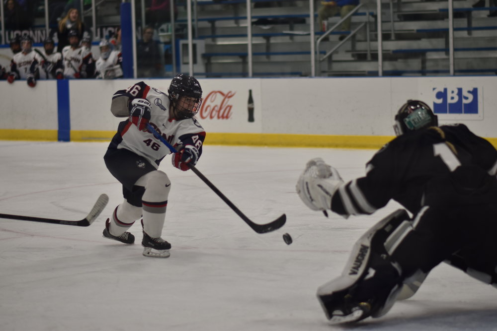 UConn Women's Hockey's split a home and home series with Providence this weekend. (Kevin Lindstrom/ The Daily Campus)
