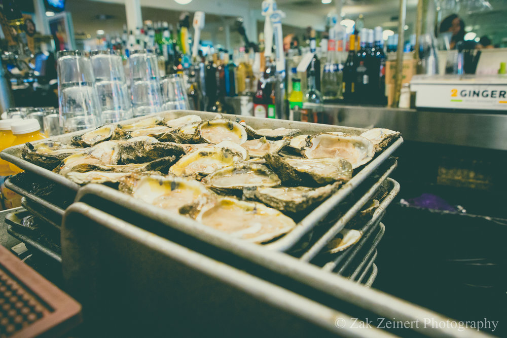 Fresh Oysters at Felix's Oyster Bar