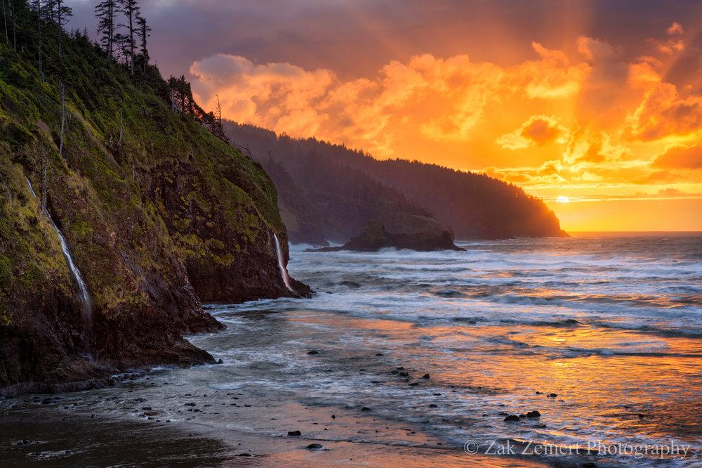 Oregon - Cape Kiwanda.jpg
