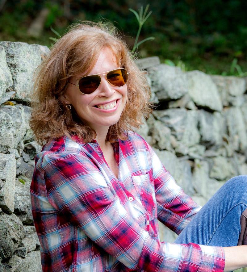 Carolyn Bloom.jpg