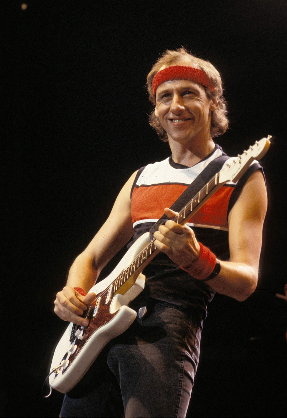 rs-126908-mark-knopfler-1800-1385140237.jpg