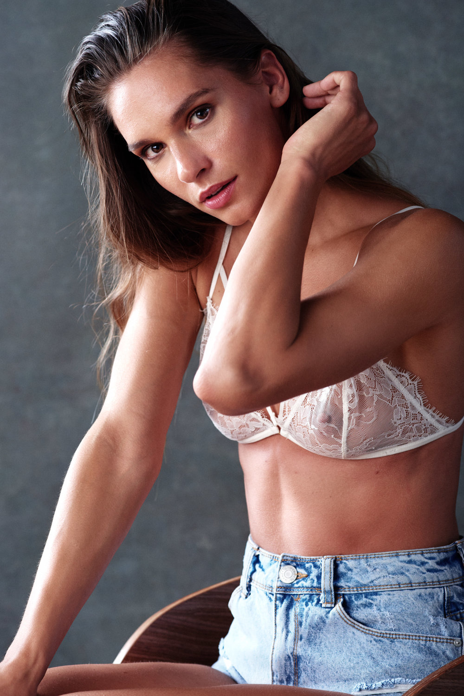 Nives, underwear4557.jpg