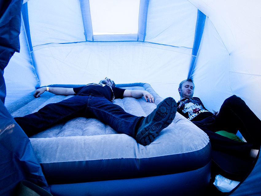 Wacken Metal Battle 2012:   Jón & John with their tent.   Photo: © Eija Mäkivuoti.