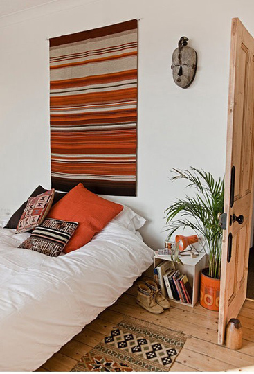 orangebedroom.jpeg