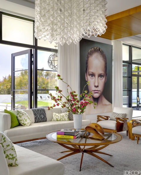 Bold and beautiful Art Deco style paired with modern. Photo credit: Elle Decor