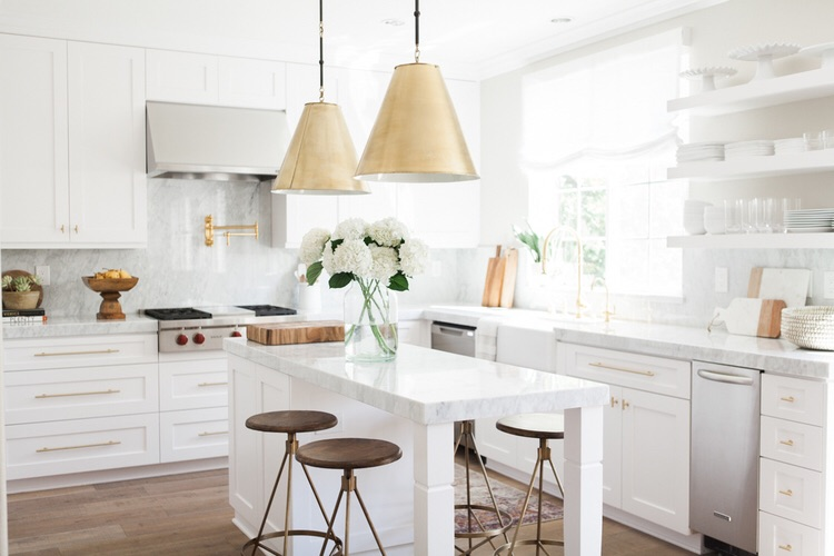 Just a hint of glint in lighting and hardware. Photo credit: Pinterest