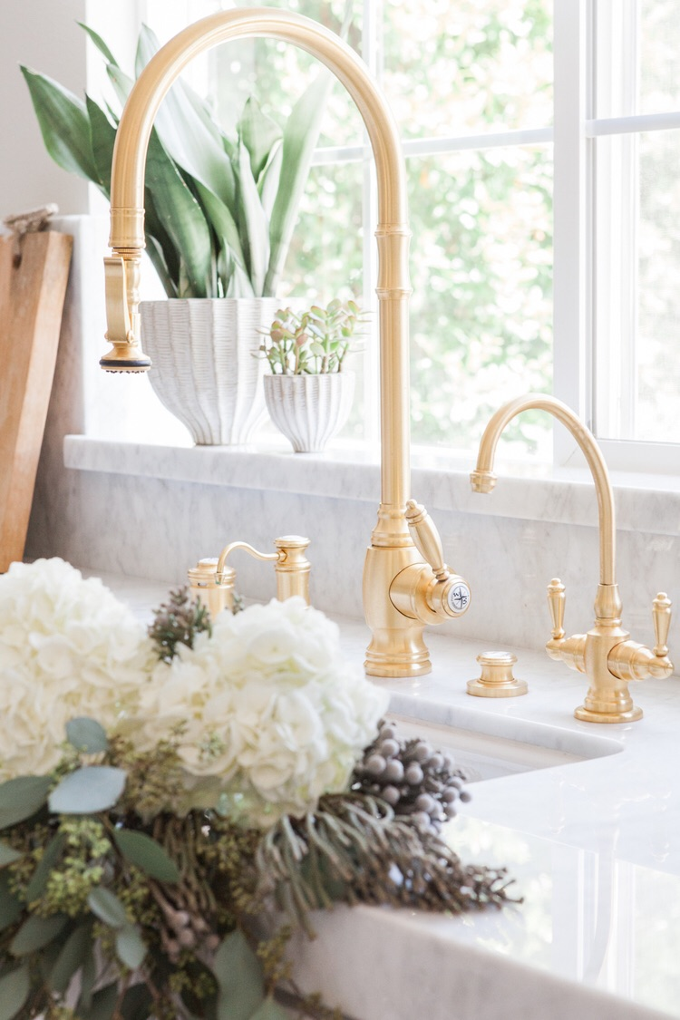 Matte Gold Faucet with white marble counter