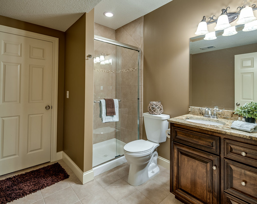 The full guest bathroom makes any guest feel like they have escaped to a resort. Any guest can travel easily from there private guest room, to thier own bathroom.