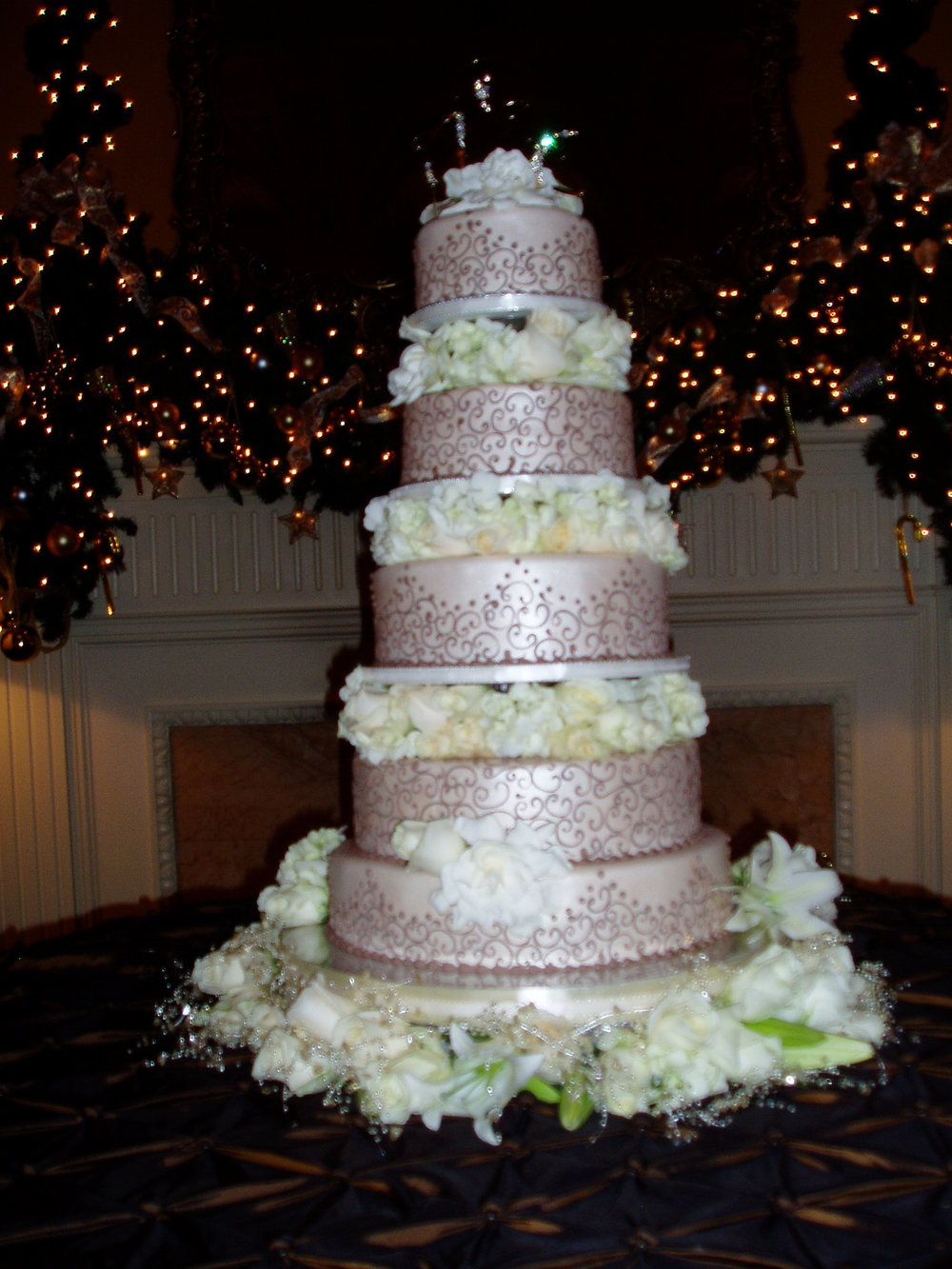 Cake Displays plus cookies 030.jpg