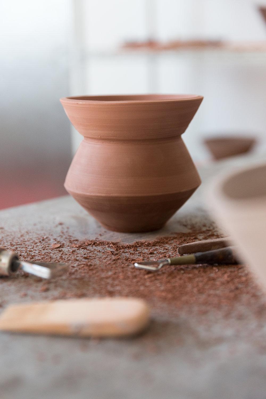 14. Naked leveled vase.jpg