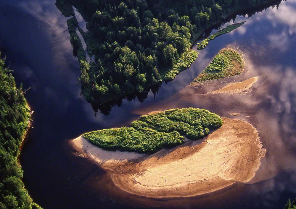 4 Rivière Noire  Q-9 digi 4.jpg