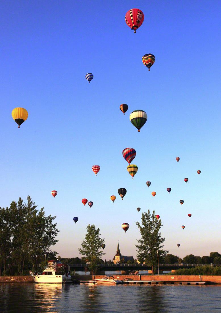 8- Festival de montgolfières Tourisme St-Jean Sur Richelieu Q-9.jpg