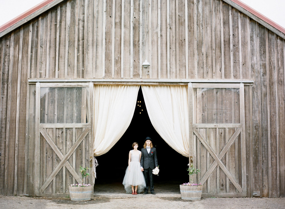 barn photo by freda banks photography