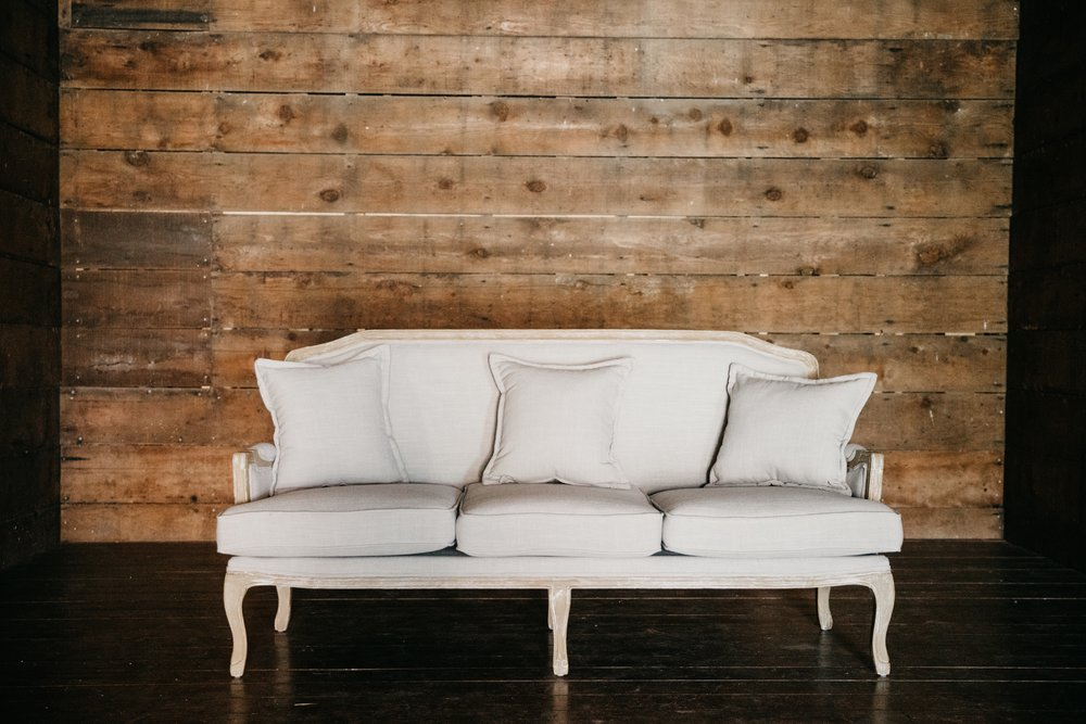 Juliette settee $290 {qty 1}