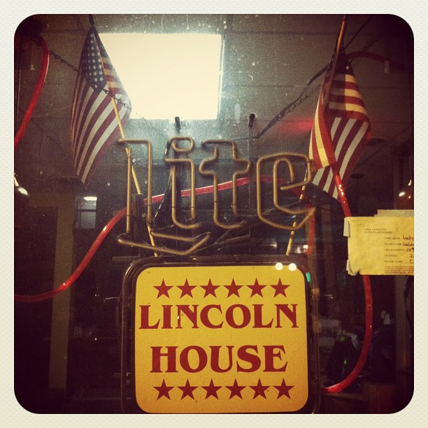 Lincoln's Waffle House, DC (Taken with  Instagram  at Lincoln's Waffle Shop)
