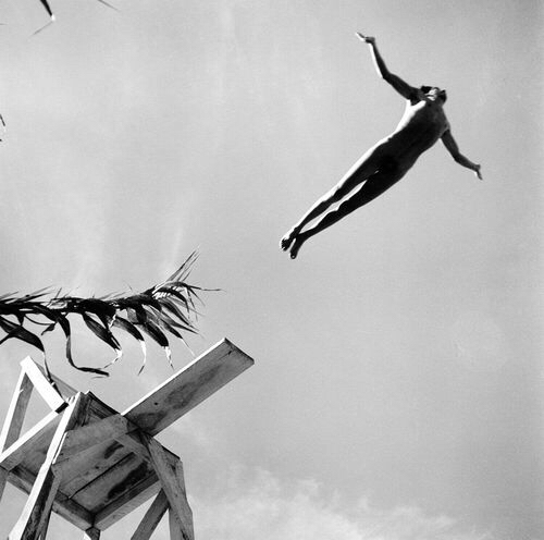 Fritz Henle, The Diver, Taxco, 1943