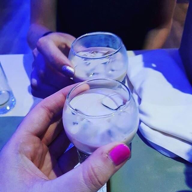 #regram @lauren131088 Early birthday drinkies 😆 #birthdaydrinks #bailys